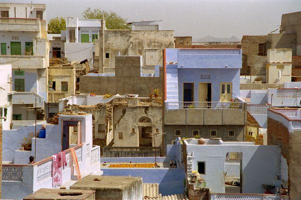 Vue sur les toits depuis le resto Anna (la belle vue compense un peu la qualité)